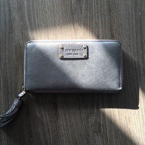 kate space zip around wallet